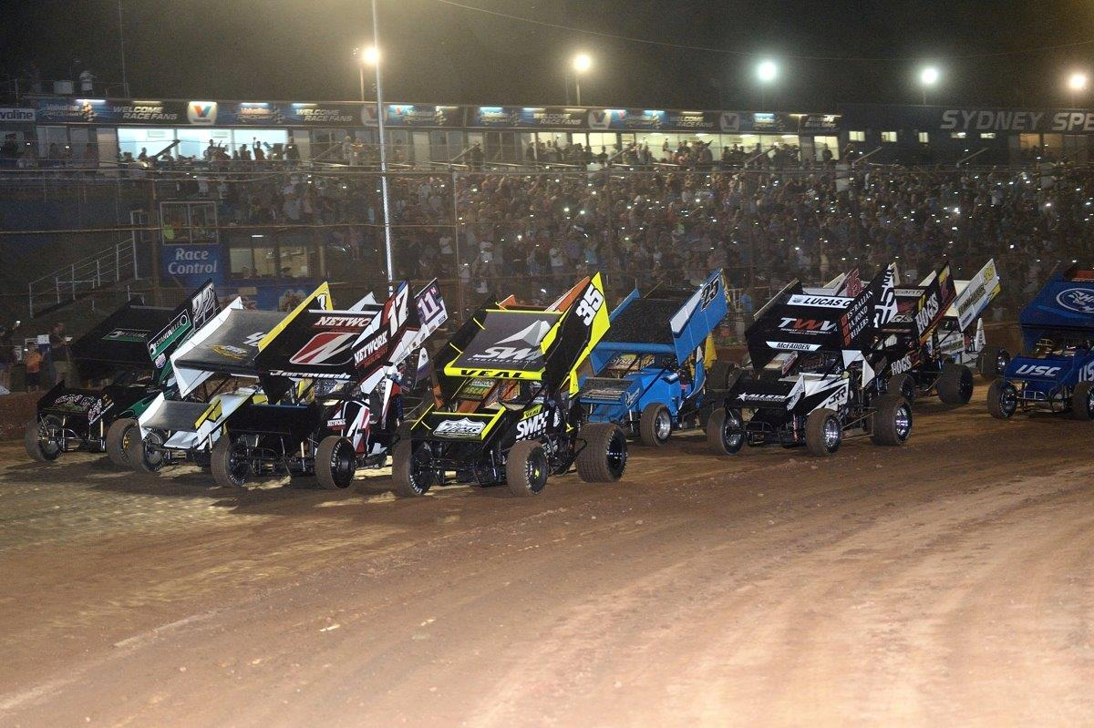 The front row of the 4-wide salute comprise James Thompson (22), Alex Orr (43), Marty Perovich (17) and Jamie Veal (35)