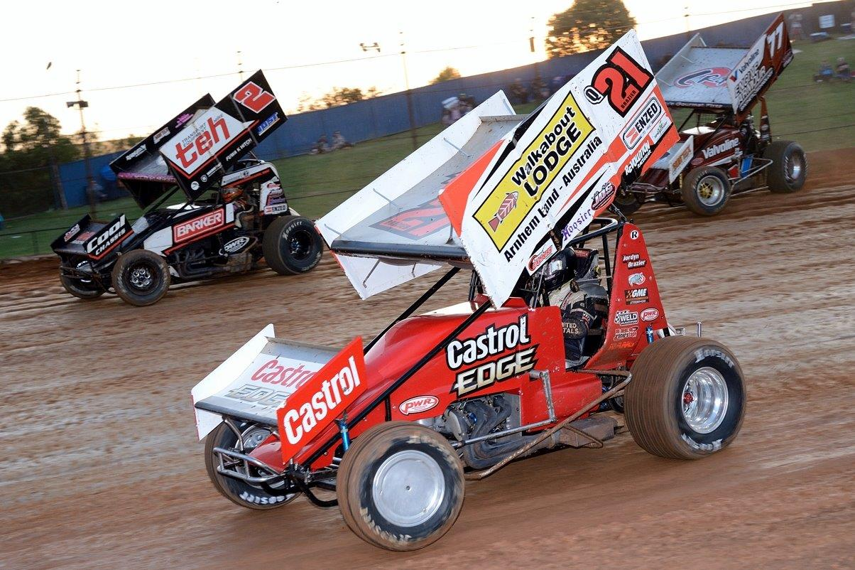 Brooke Tatnell (2), Jordyn Brazier (21) and Mitchell Dumesny (77) in heat race action