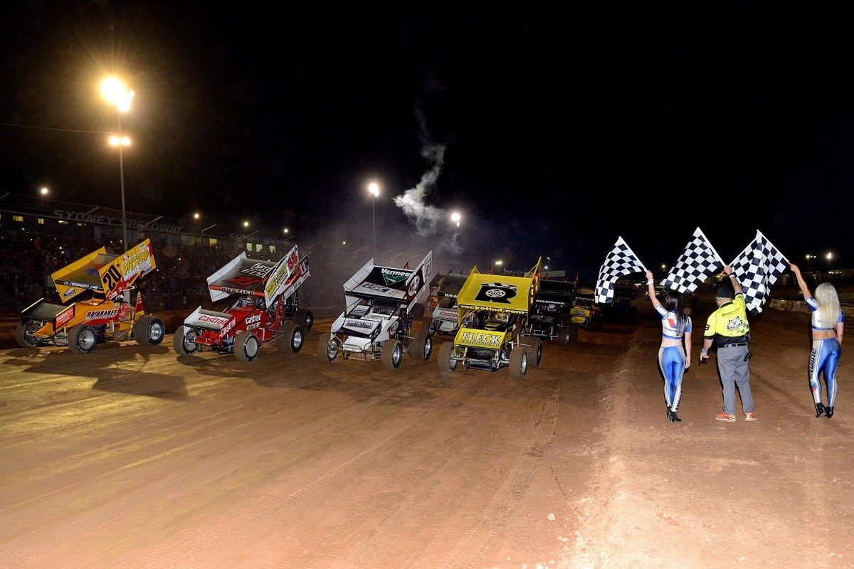 4-wide: (l-r) Troy Little (21), Jordyn Brazier (58), Robbie Farr (7), Sammy Walsh (92)
