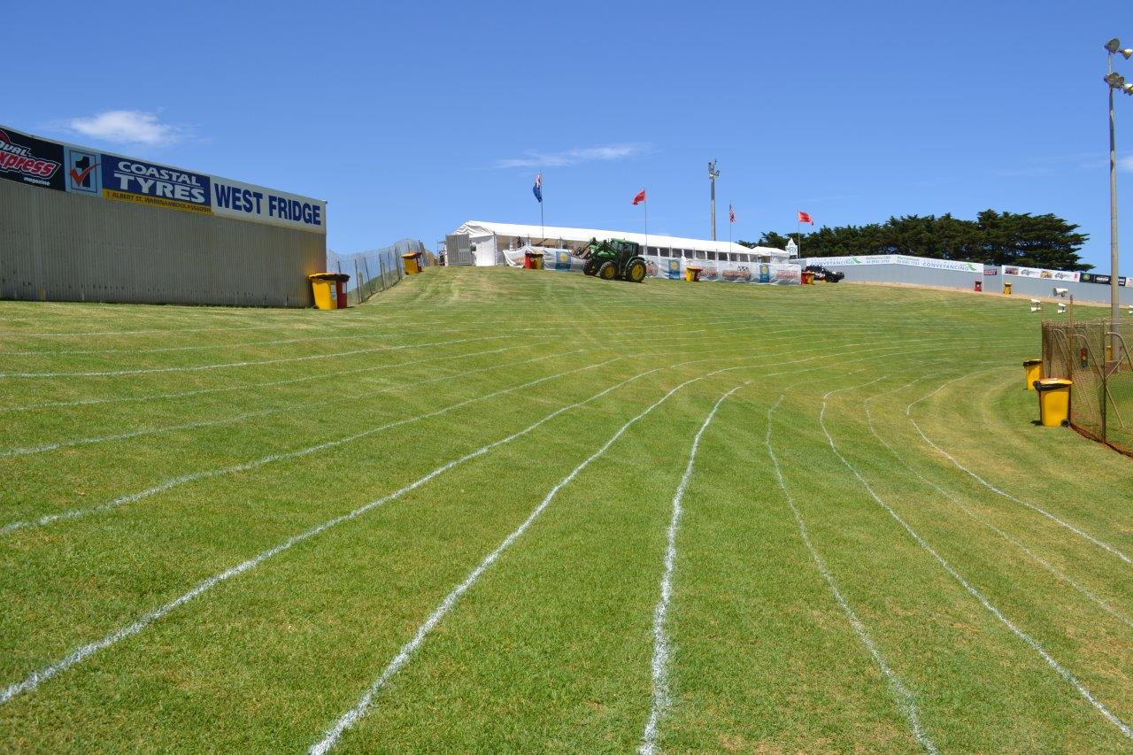 David Mills and the Premier Sungold Stadium groundstaff have the venue looking the best it ever has - Good one guys !!!