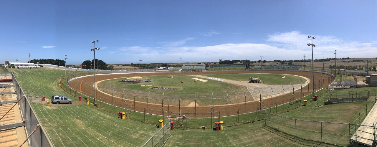 Warrnambool's Sungold Stadium - Premier Speedway is arguably the best track in the nation and ready to host 3 nights of fire breathing Sprintcars