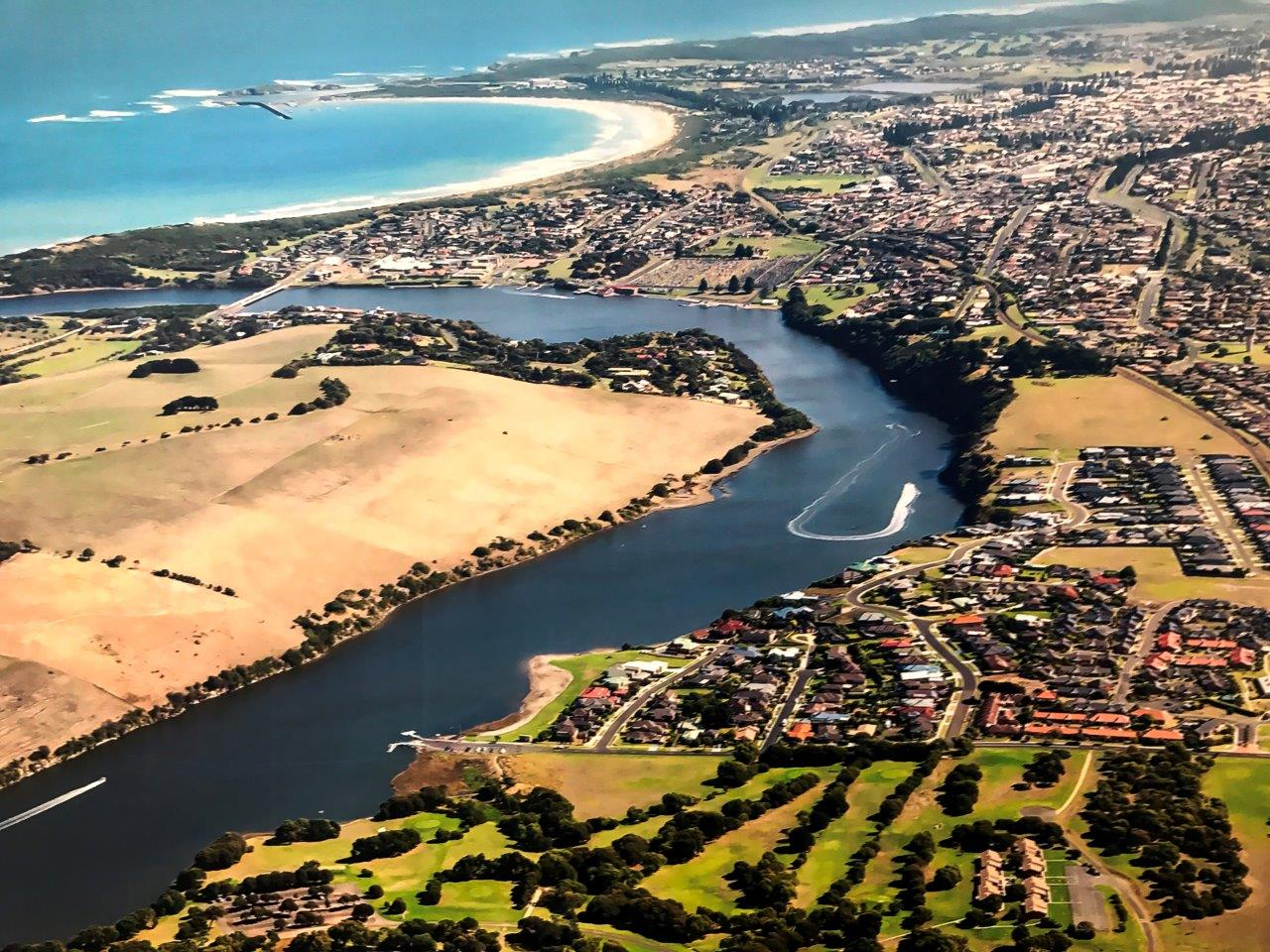 Warrnambool offers not only the best Sprintcar Race in Australia, but awesome scenery and activities as well