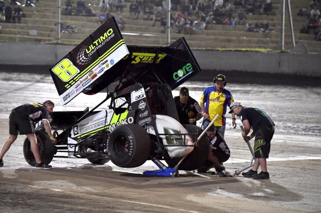 David Priolo gets some quick work on the car and has sadly announced his retirement from Sprintcar racing