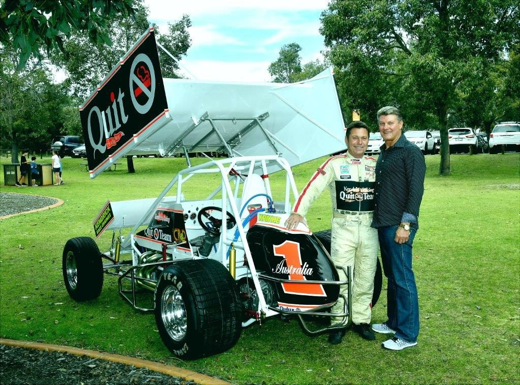 Car and Team owner Geoff Kendrick with driver Ron Krikke