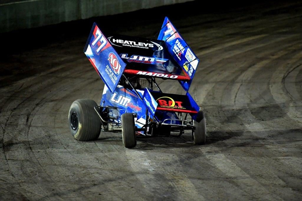 What a great shot of Brad Maiolo at full noise as he exits T$ at the Perth Motorplex and thunders down the main straight