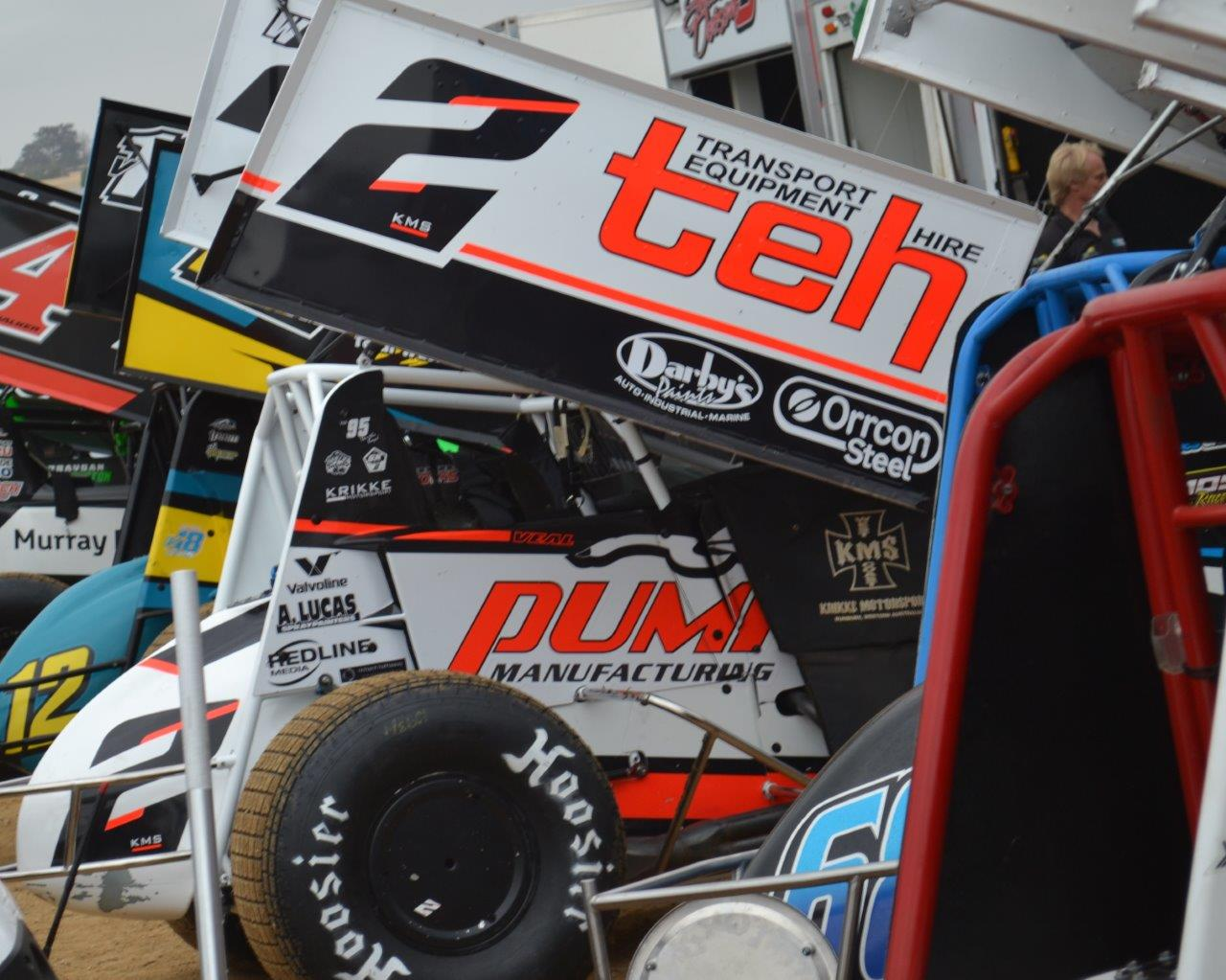 Jamie Veal driving etn KMS W@ put on a great race with James McFadden but was swamped by Kerry Madsen with 8 laps to go