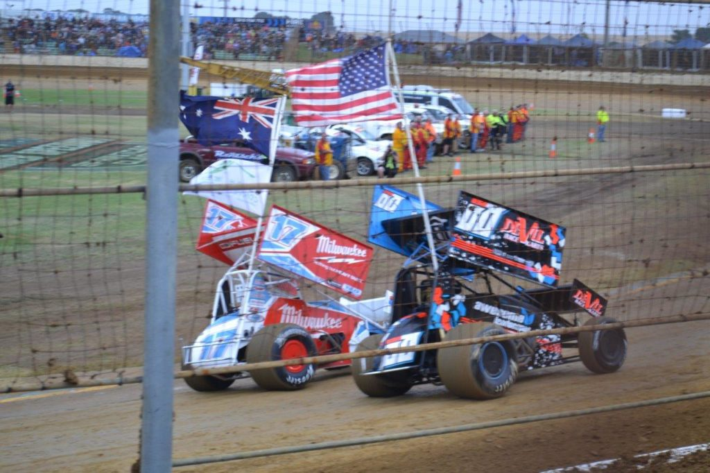 Flag bearers were current Classic Champ James McFadden (L) and USA's Corey Eliason