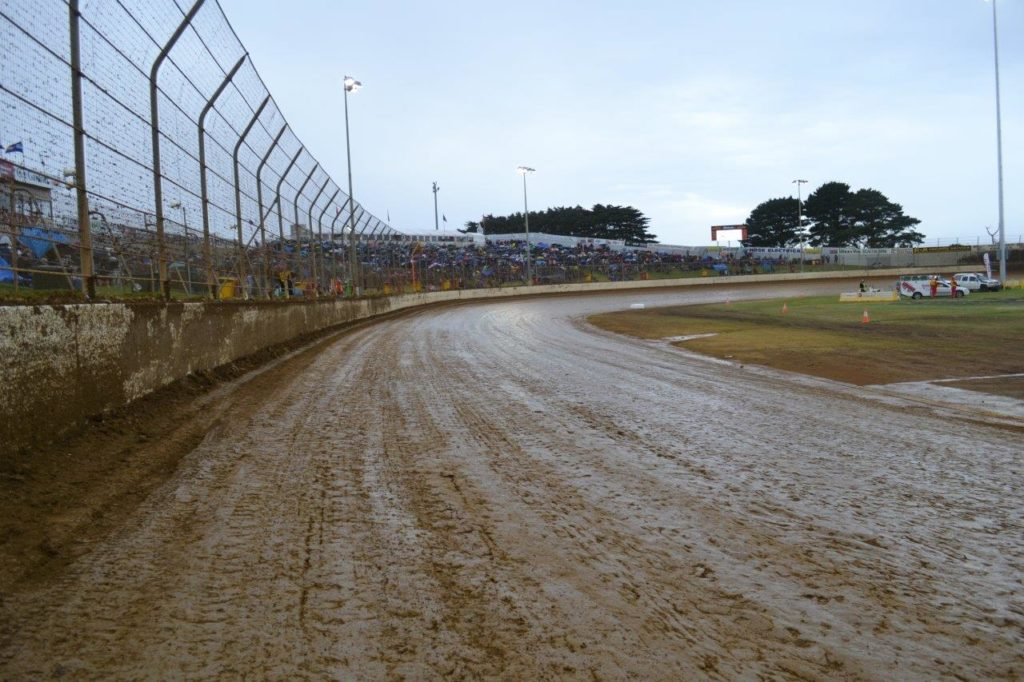 The main straight before heats