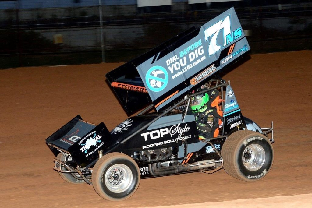 Speedcar star Michael Stewart did double duties, winning the Speedcar A Main and his sprintcar debut resulted in a heat win and a crash in the final